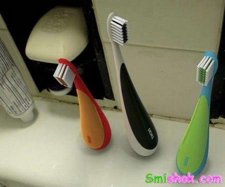 Зубні щітки неваляшки