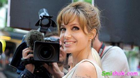 Анджелина Джоли напише мемуари за 7 мільйонів