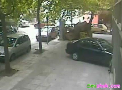 Жінки за кермом автомобіля