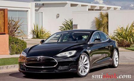 Нові фотографії седана Tesla