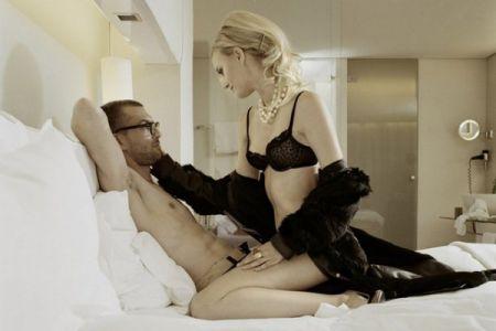 Сексуальная поза «как ковбой»