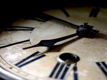 Франция однажды пыталась сделать так, чтобы в сутках было 10 часов, а не 24
