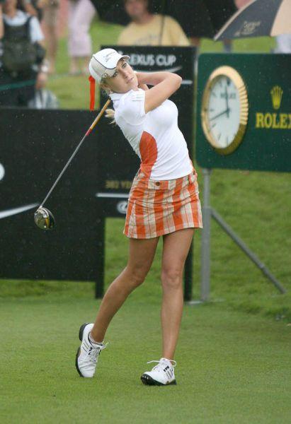 Девушки любят гольф