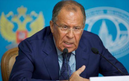 Россия готовит второй гуманитарный конвой для отправки в Украину - Лавров