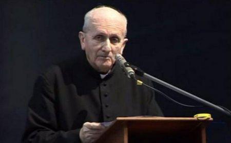 Польский священник уверяет, что получал СМС от демонов
