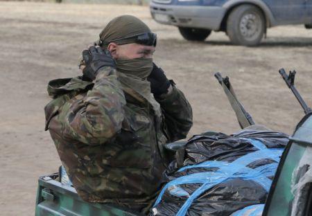 Итоги выходных: Бои под Донецком и Партия регионов отказалась от выборов