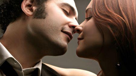 3 неожиданных факта про французский поцелуй