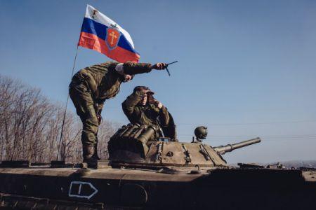 Порошенко назвал фейковым отвод тяжелых вооружений сепаратистами
