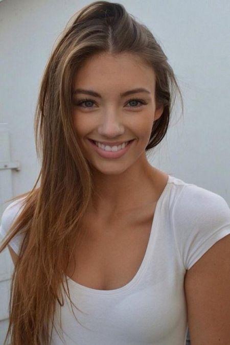 Девушки с прекрасной улыбкой