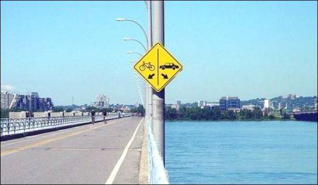 Неожиданные дорожные знаки фото