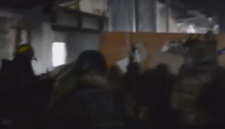 """""""Огонь по п...расам кадыровским!"""": как киборги под гимн Украины удерживали донецкий аэропорт"""