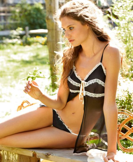 Роскошная красотка Бьянка Балти (29 фото)