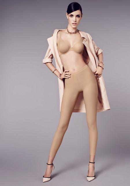Алексина Грэм в разном нижнем белье