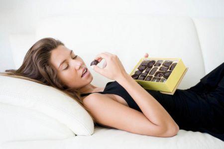 Шоколад делает вас умнее, чтение помогает похудеть и другие очень странные исследования