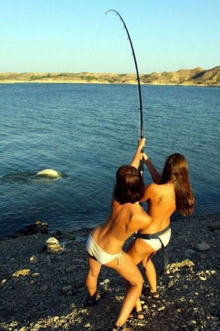 Девчонки на рыбалке