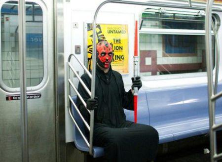 Чудаки захватыватили метро