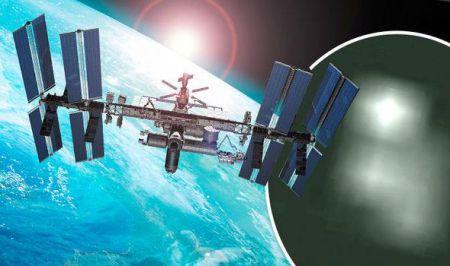 Неопознанные объекты были засняты камерой МКС