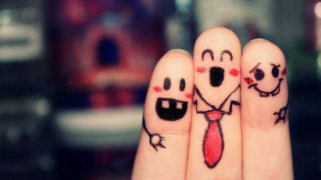 Когда вы влюбляетесь, вы теряете, в среднем, двоих друзей