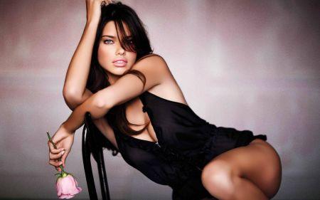 Красивые девушки без комплексов