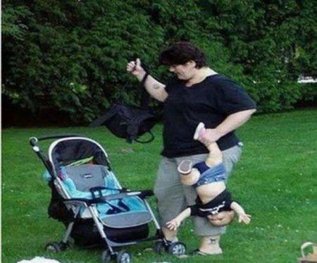 Мамаши которым явно плевать на своих детей