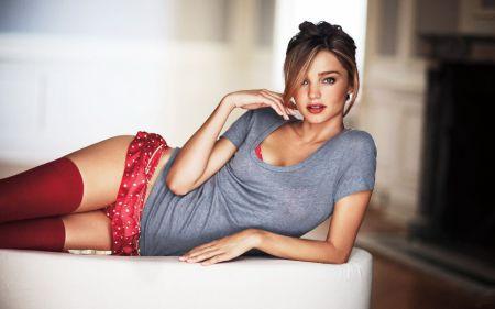 Красивые девушки на Пятницу