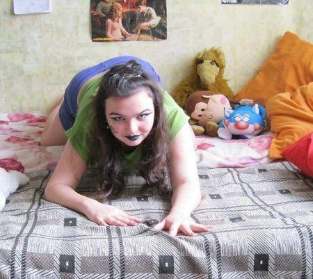 Гламурные девушки, считающие себя моделями