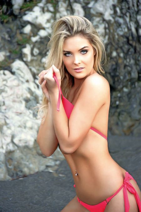 Сара Харрис модель PlayBoy
