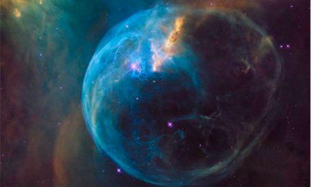 Космический телескоп Hubble показал гигантский Пузырь