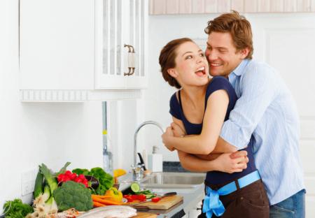Секс или еда: что важнее для мужчины?
