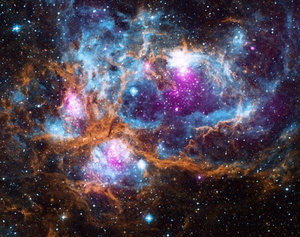 NASA показало уникальное фото Млечного Пути