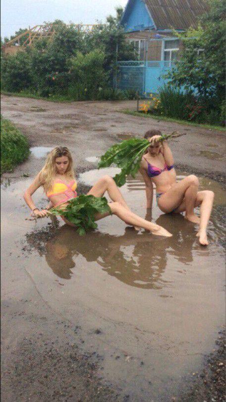 Безумные девчонки рвут соцсети