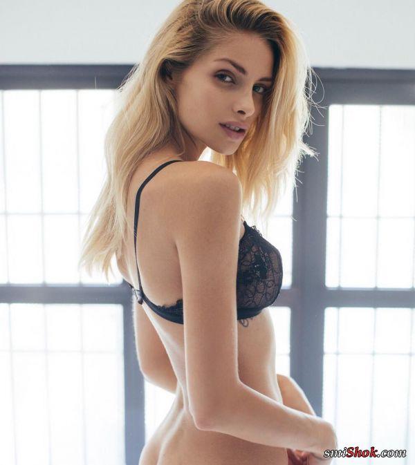 Анна-Мария Олбрихт. Стройная и притягательная блондинка.
