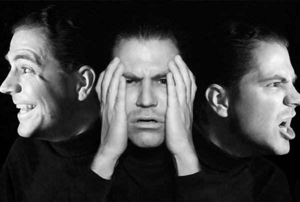 Как показывают свои чувства разные знаки Зодиака