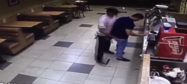 Обезоружил вора во время ограбления
