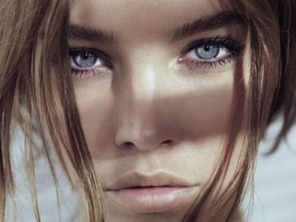 Куда смотреть как не в глаза красивым девушкам (25 фото)