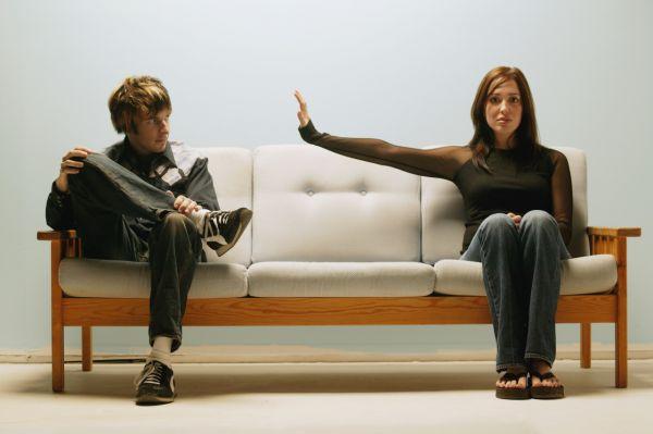 Как говорить о неприятном в отношениях? Путь к разрешению конфликта