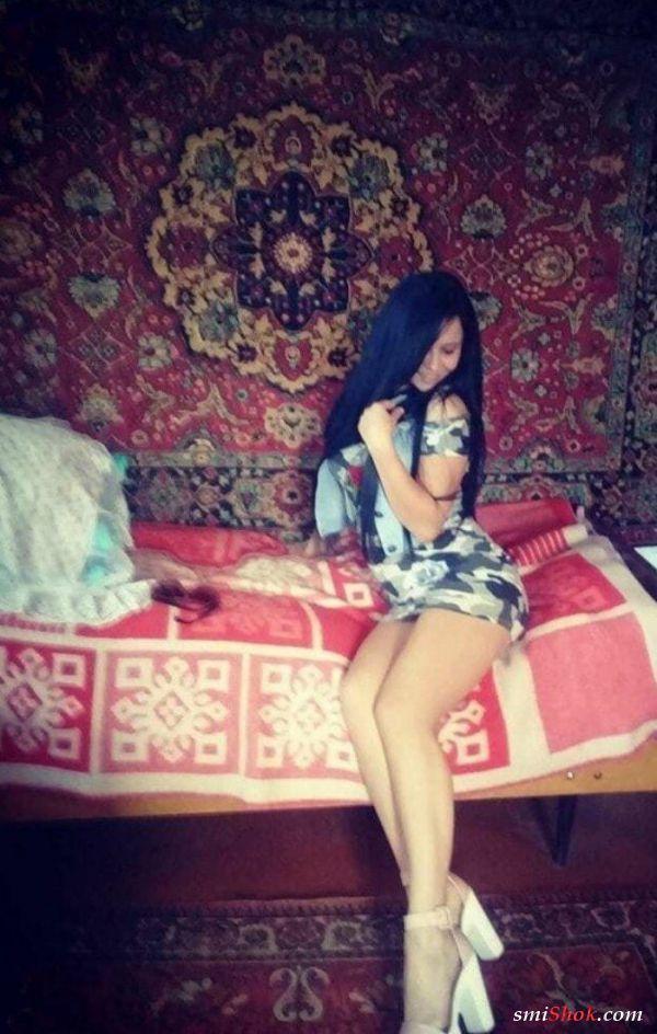 Домашние принцессы на фоне ковров (22 фото)