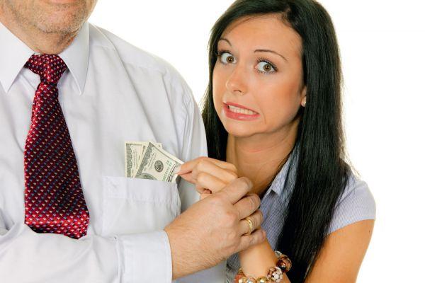 Нужно ли много денег, чтобы чувствовать себя счастливым?